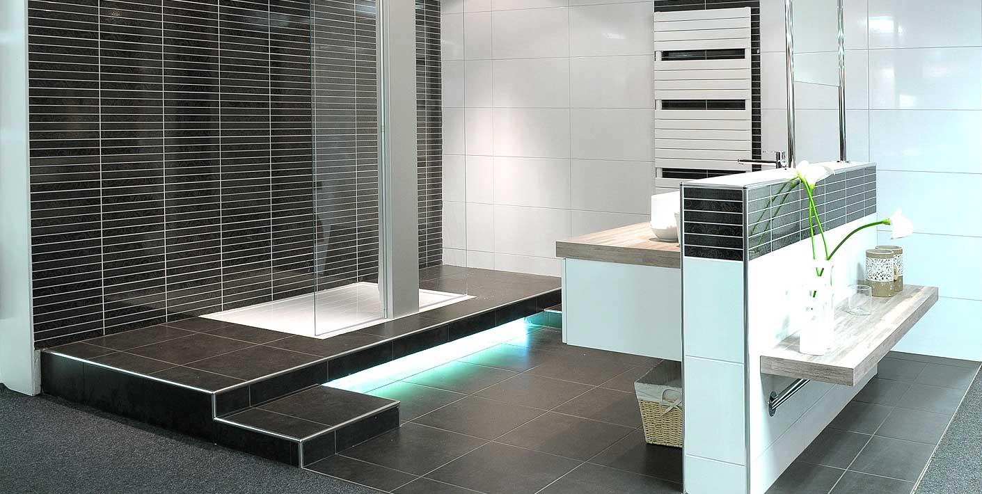Badkamer Antraciet Wit : Badkamer antraciet basis wit muur halfhoog voor meubel julius